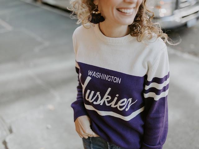UW womens sweater