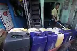 Penjual air keliling