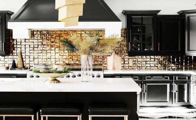 gold kitchen backsplash