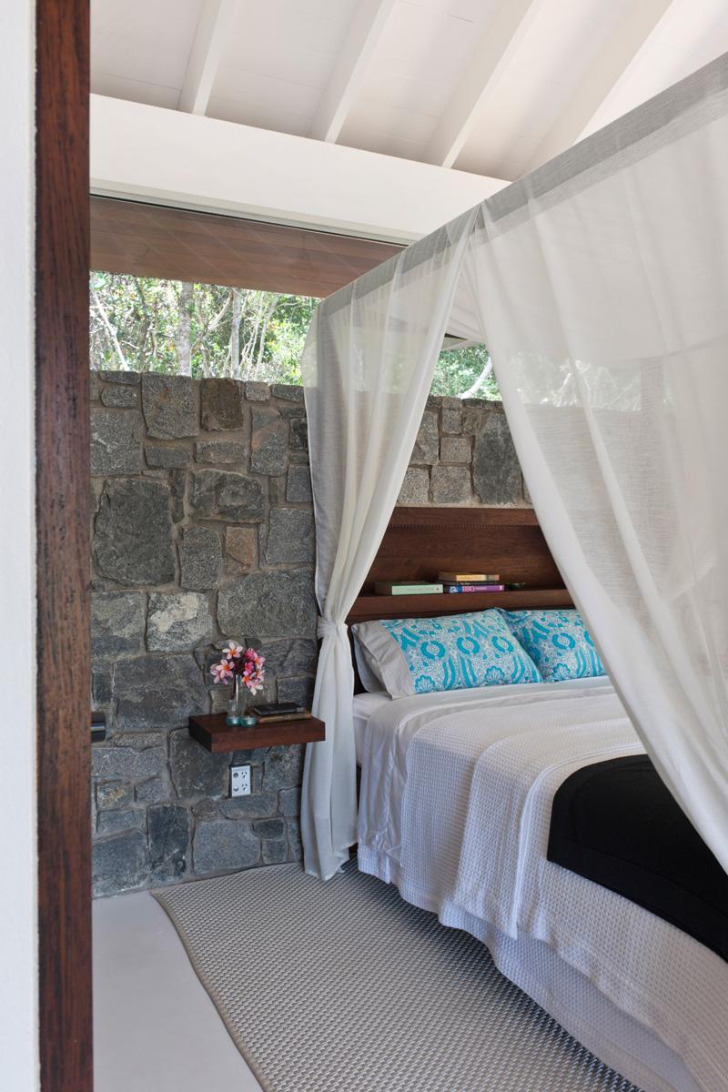 The Little Living Blog An Indoor Outdoor Beach House