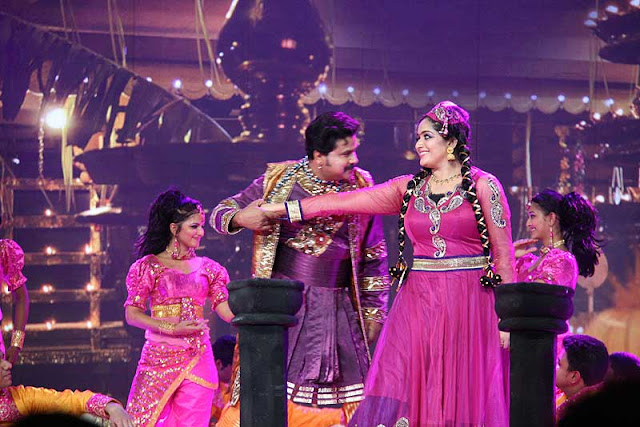 Kavya Madhavan and Dileep dance