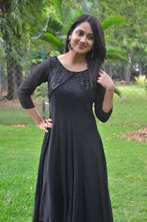Mia George Latest Beautiful Photos In Black Dress