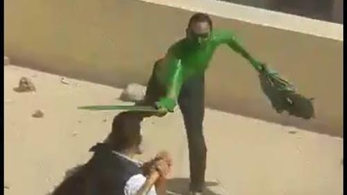 ڤیدیۆ.. چرکەساتی کوژرانی پیاوە سەوزەکەی میسر