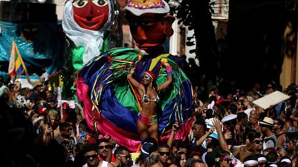 Ξεκίνησε το καρναβάλι του Ρίο (βίντεο)