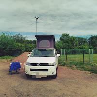 camper vanlife water halen vrijstaan