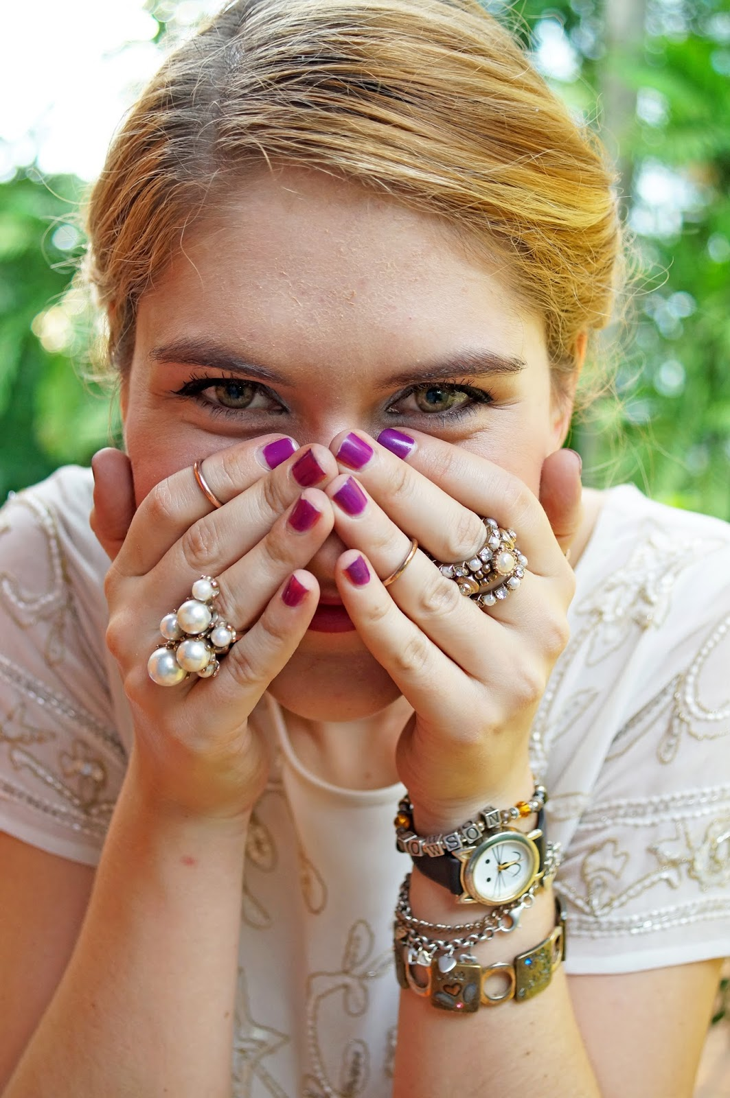 Purple Nails, Chic Accessories