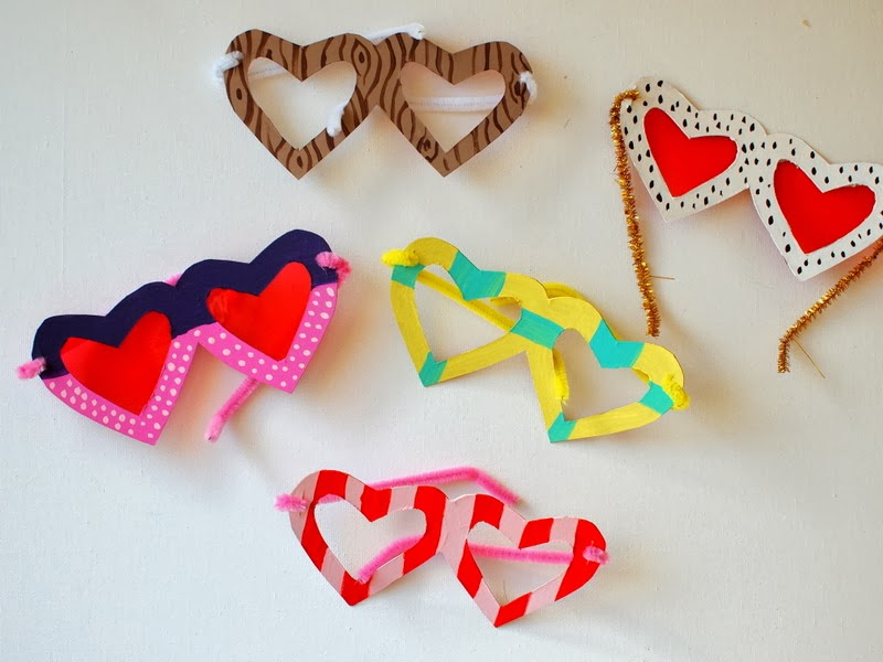 Two Heart themed Valentine\u0027s Crafts- Heart Glasses and Painted Heart