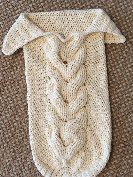 Knitting Patterns For Baby Cocoon Free : Daily Knitting Patterns: Cabled Baby Cocoon