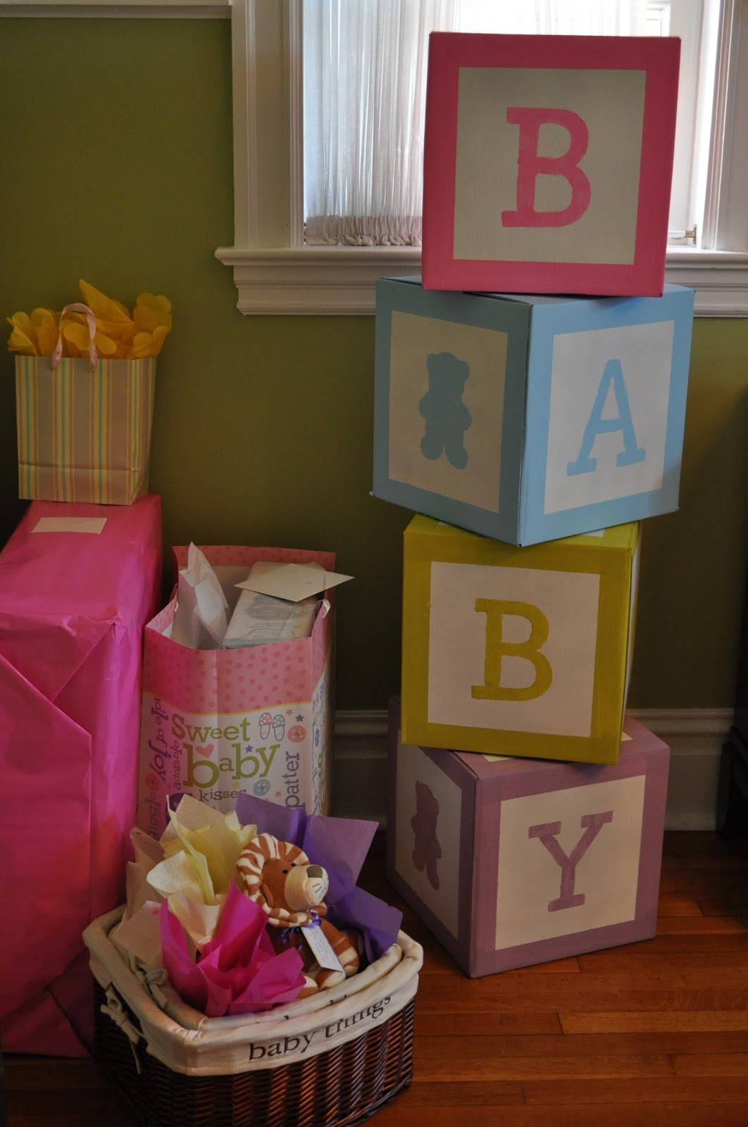 M s y m s manualidades bellas decoraciones de fiesta con for Baby name decoration