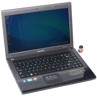 Laptop Design Samsung R440 Core i3 Second