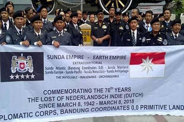Sekjen Sunda Empire Raden Rangga Sasana Mengaku Diperdaya Nasri Banks Agus Warsudi