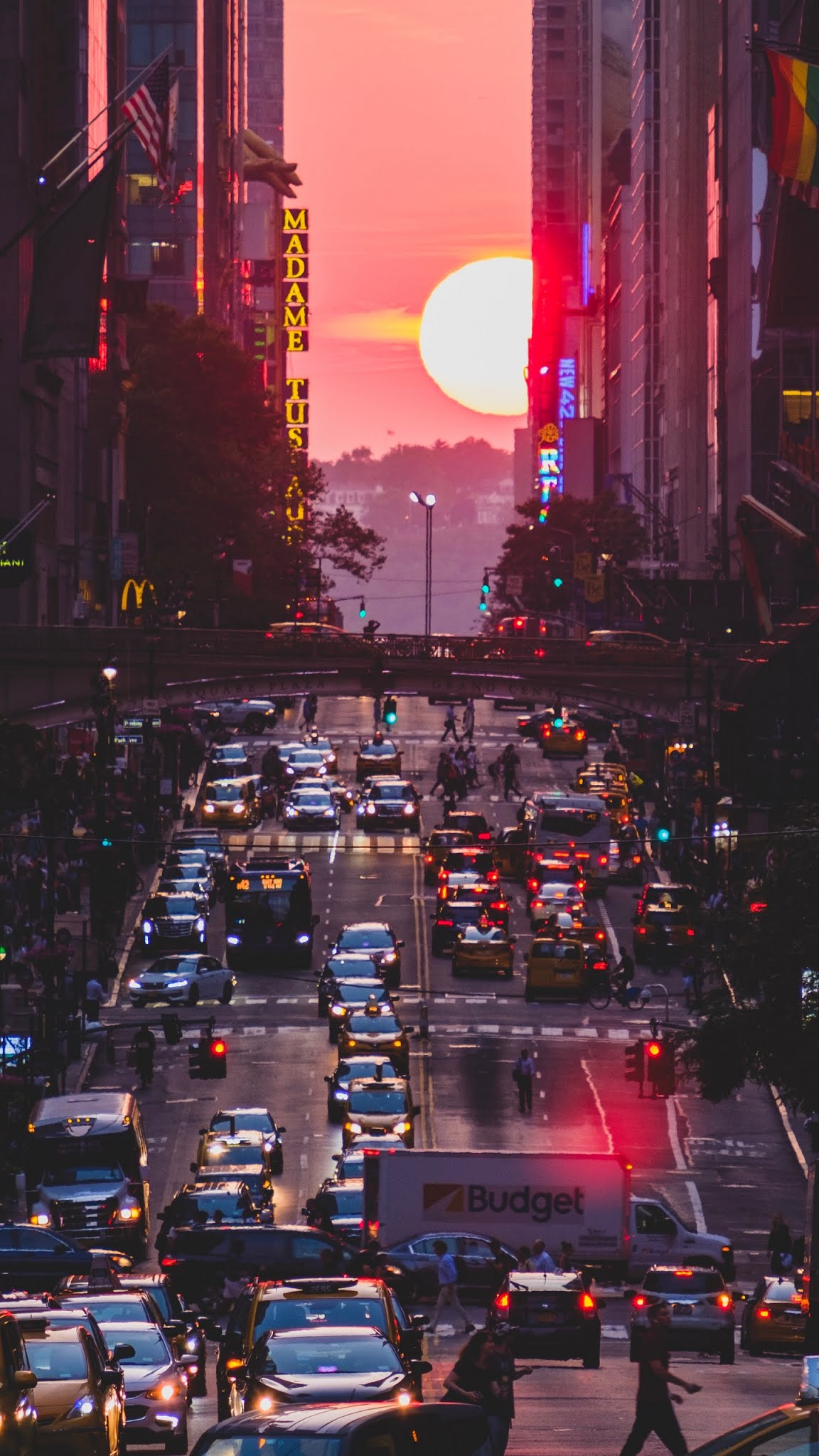 New York City street sunset Mobile Wallpaper