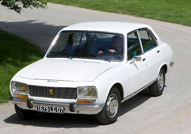 peugeot 504 car of the year