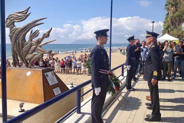 Terracina inaugura monumento pilota Orlandi