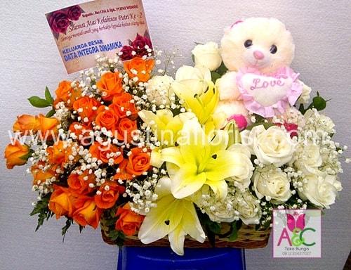 toko-bunga-surabaya-jual-rangkaian-bunga-kado-kelahiran-bayi