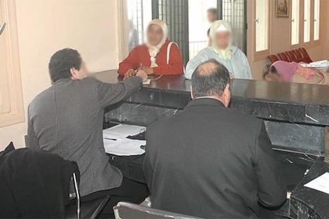 نقابة: البيضاء تحرم مئات الموظفين من تعويضات