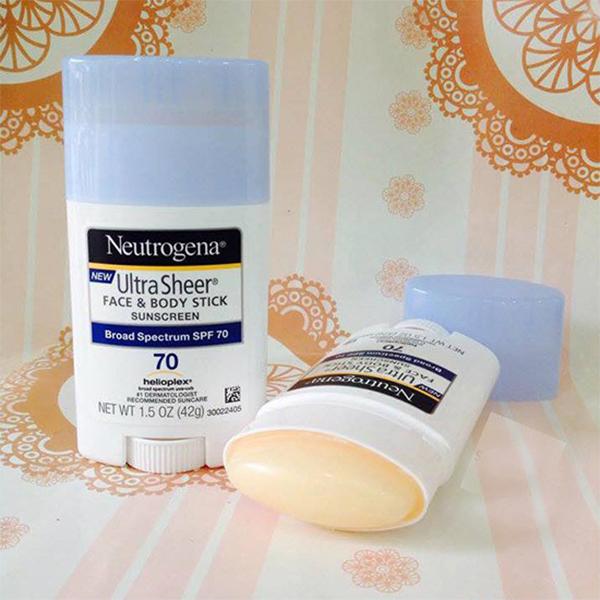 Kem chống nắng dạng lăn của Neutrogena có tốt không