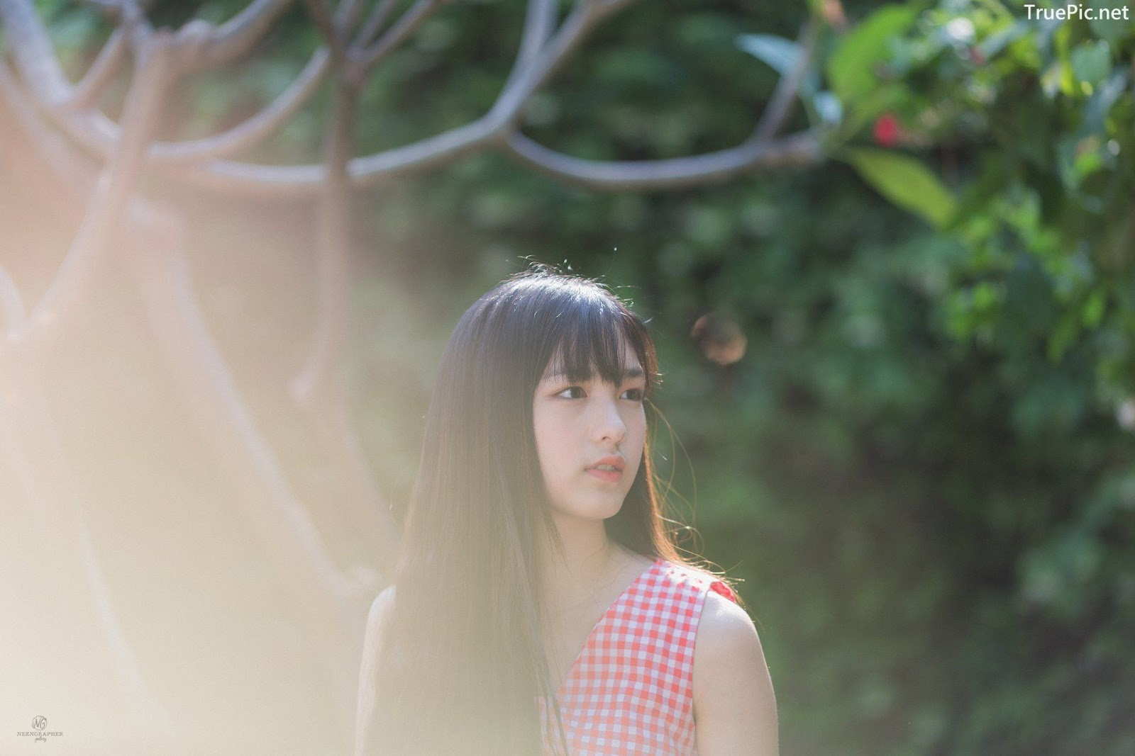 Image-Thailand-Cute-Model-Emma-Panisara–Album-Emma-Bright-Sunday-TruePic.net- Picture-1