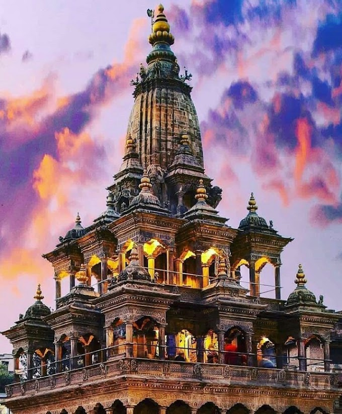 The king dreamed Radha Krishna at the door, then built this temple / NEPAL