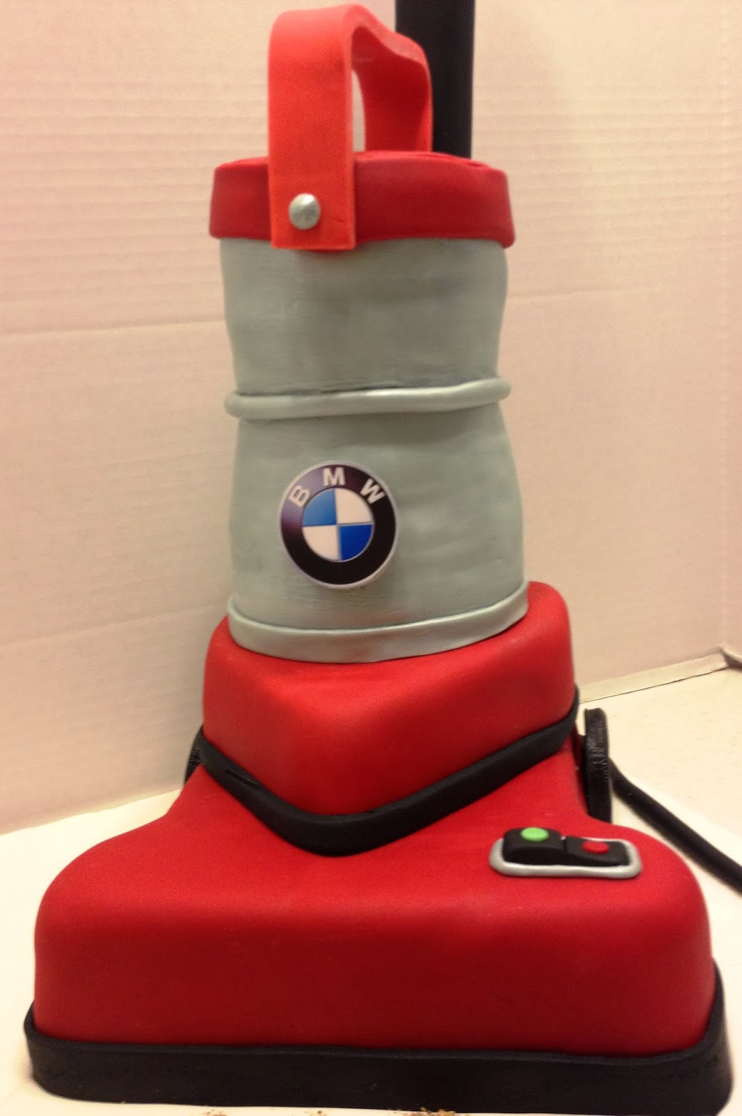Marymel Cakes Bmw Vacuum Cleaner
