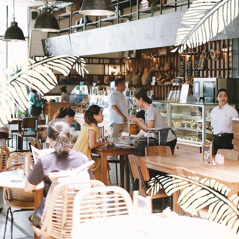 Livingstone Cafe Favorit Canggu 2021