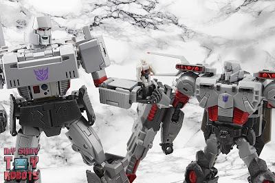 Transformers Generations Select Super Megatron 69