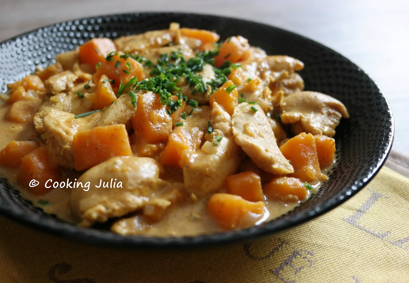 Cooking julia curry de poulet aux patates douces - Recette poulet patate douce ...
