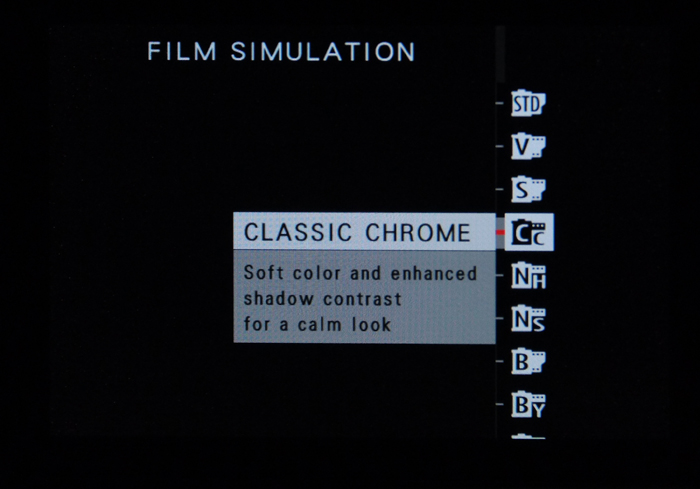 FujiFilm X100T: Film simulation bracketing on X100T
