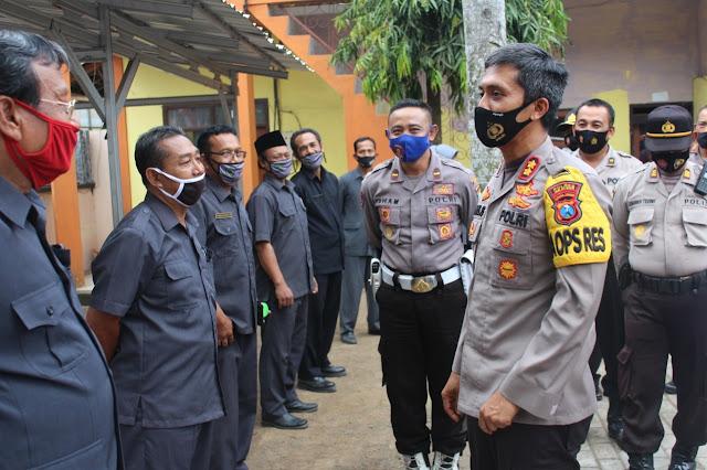 Kapolres Jember Bersama Komandan Kodim 0824 Jember Berkunjung ke YIKT LPI Argopuro Panti Jember