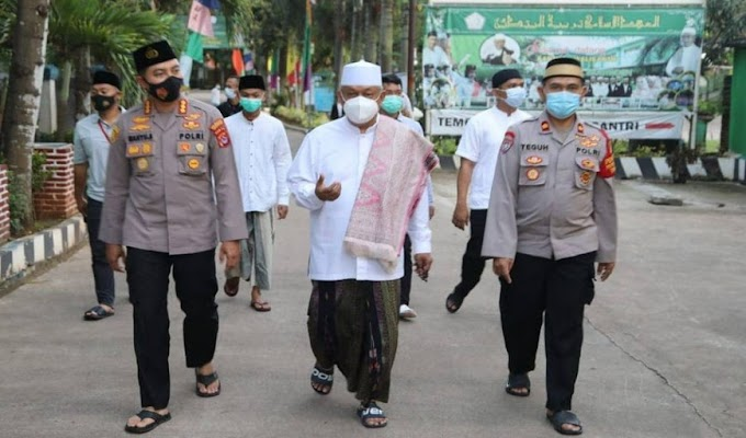 Kapolresta Tangerang Saba Pesantren Kunjungi Santri Tarbiyatul Mubtadiin