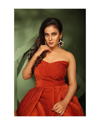 Chandini Tamilarasan (Indian Actress) Biography, Wiki, Age, Height, Family, Career, Awards, and Many More