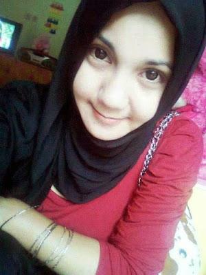 Nonton Bokep Indo Abg Jilbab Pamer Susu Di Jalan