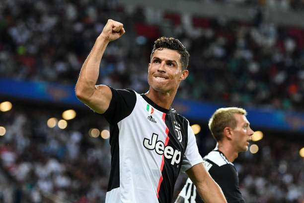 Ronaldo beats Messi to astonishing record , becomes 5th highest goalscorer in football history ( see full list )