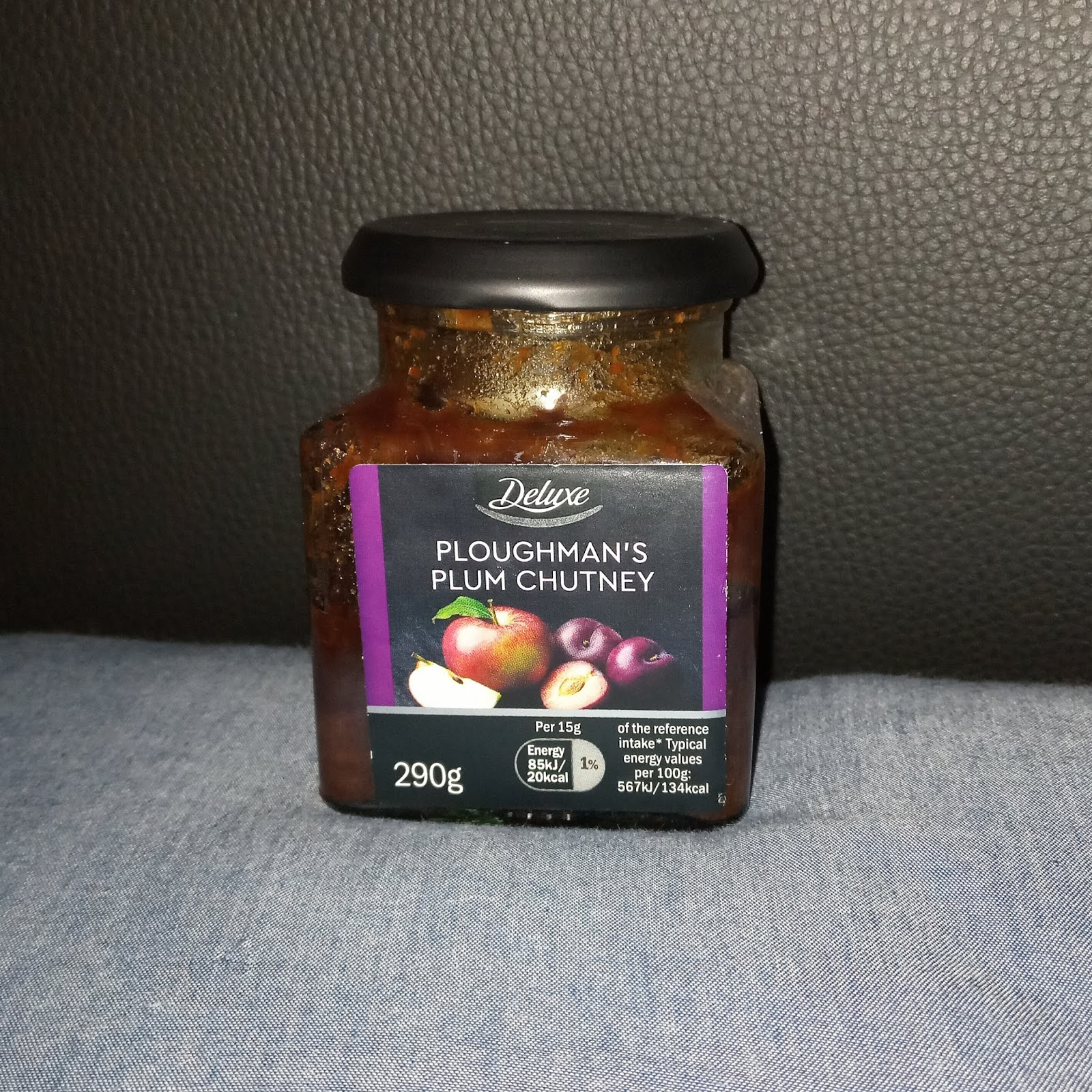 Supersupergirl S Food Reviews Review Lidl Deluxe Ploughman S Plum Chutney