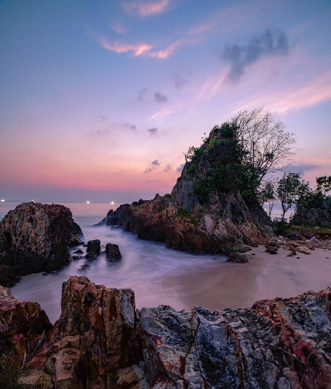 Tiket Masuk dan Lokasi Pantai Marina Kalianda Lampung ...