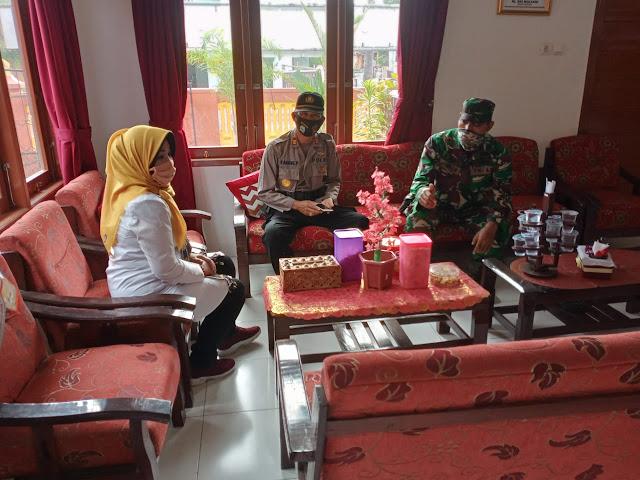 Hadapi New Normal Muspika Kecamatan Gantiwarno Gelar Rapat Koordin