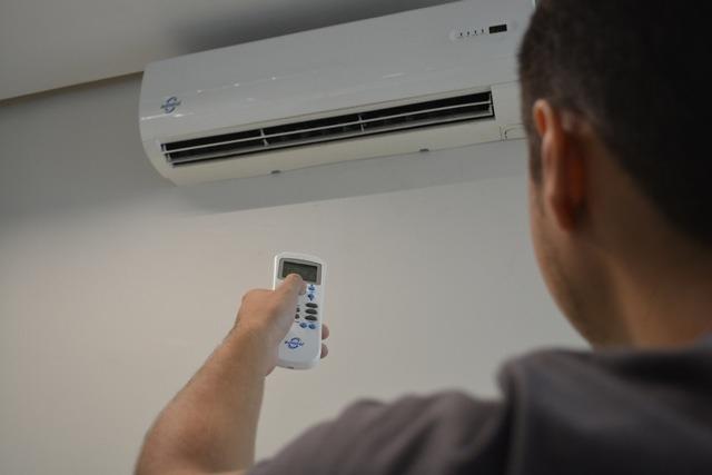 Saiba como economizar energia no período do verão e férias escolares