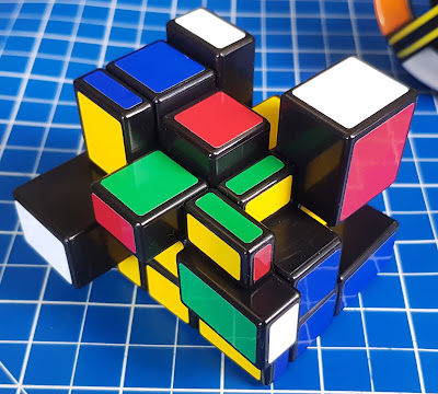 Rubik's Blocks puzzle in action how it turns with different sized blocks