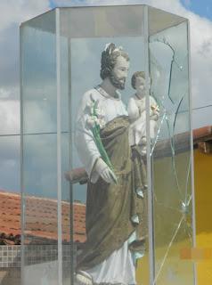 Em Picuí imagem de São José é danificada; vandalismo ou intolerância religiosa?