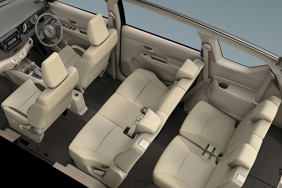 Suzuki Ertiga, interior Suzuki Ertiga GL