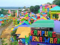Wisata Kampung Warna Warni Jodipan Di Malang, Jawa Timur