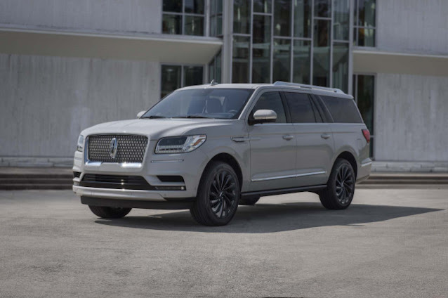 2020 Lincoln Navigator Review