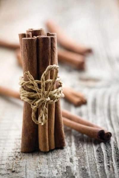 kayu manis untuk menghilangkan jerawat