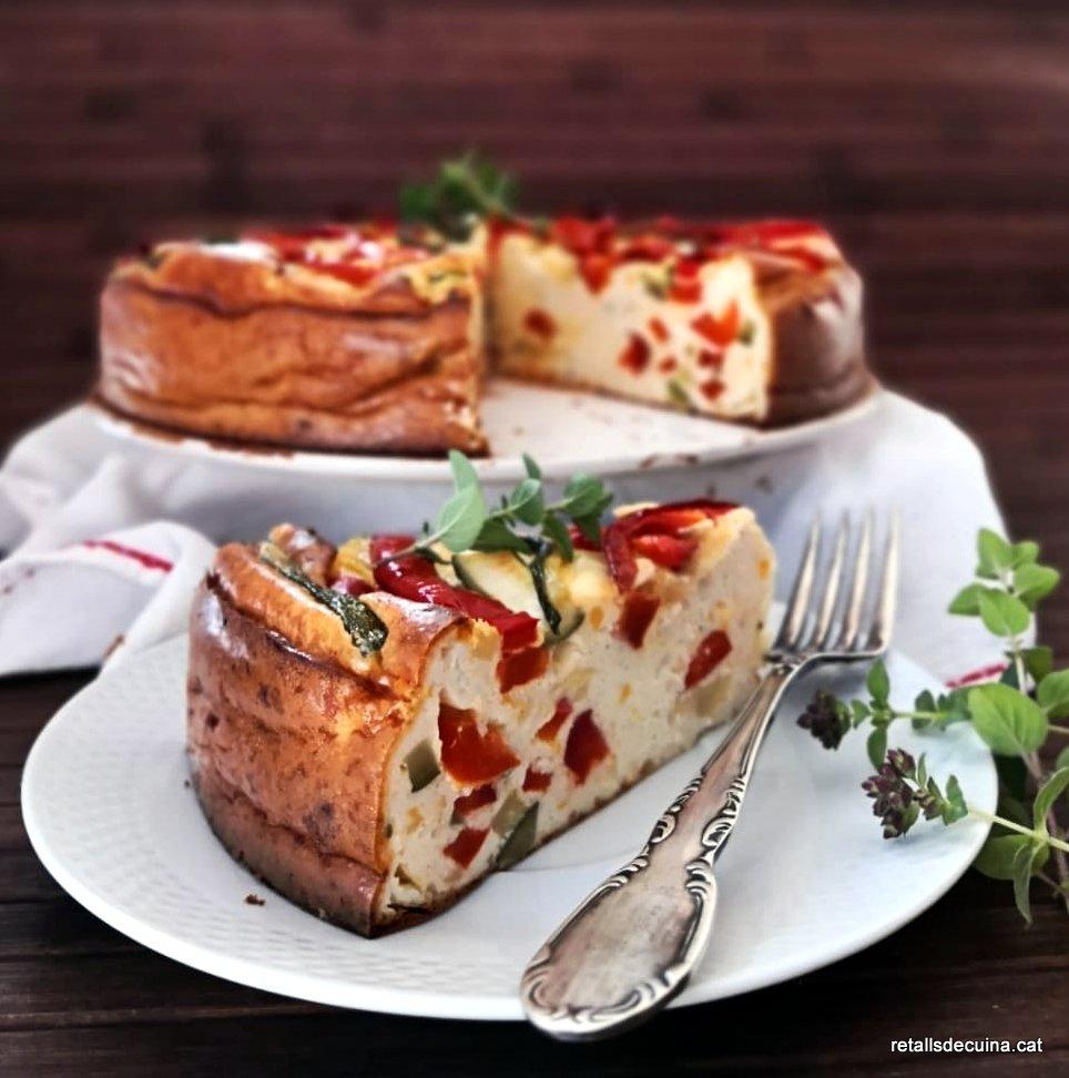Pastís salat de formatge i hortalisses