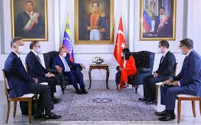 Venezuela y Turquía se reúnen en el marco de los 70 años  de relaciones diplomáticas entre ambas naciones