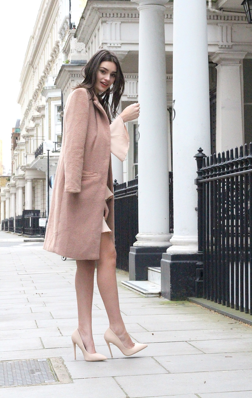 nude valentines day outfit peexo fashion blogger