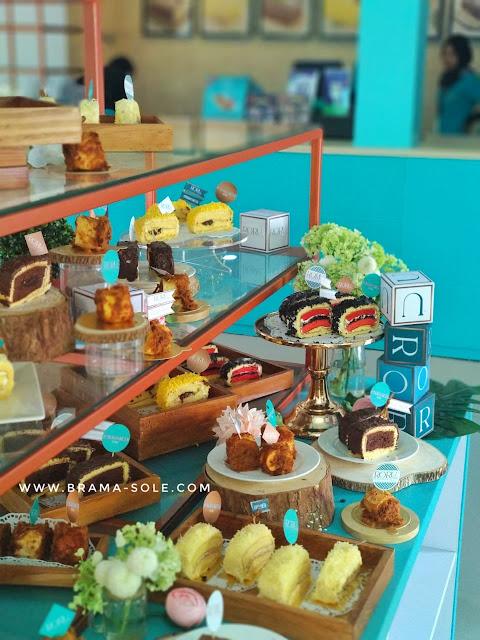 Aneka varian baru Semarang Roru Cake