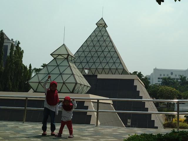 Merasakan Perjuangan Mempertahankan Kemerdekaan di Museum 10 Nopember Tugu Pahlawan Surabaya