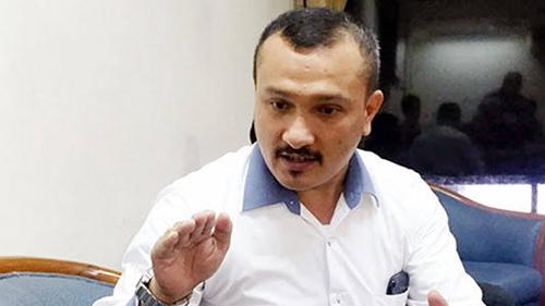 Ferdinand Semprot Mustofa Soal Bipang Ambawang: Kau Hendak Tuduh Jokowi Konsumsi Babi?