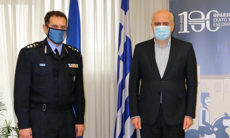 Επίσκεψη στον Περιφερειάρχη ΑΜ-Θ του νέου Συντονιστή Επιχειρήσεων Πυροσβεστικού Σώματος Β. Ελλάδας